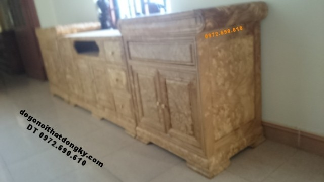 Tủ Kệ Tivi gỗ nu nghiến đẹp và hiếm KTV48