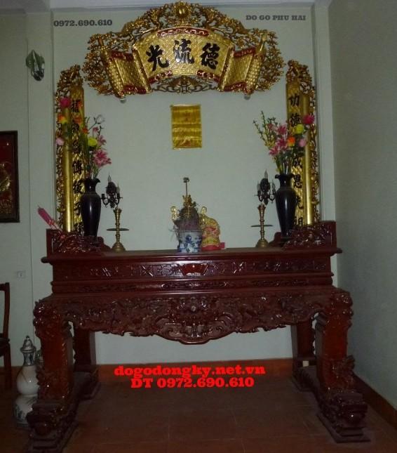 Bàn thờ gia tiên - hoành phi câu đối mạ vàng BBT5