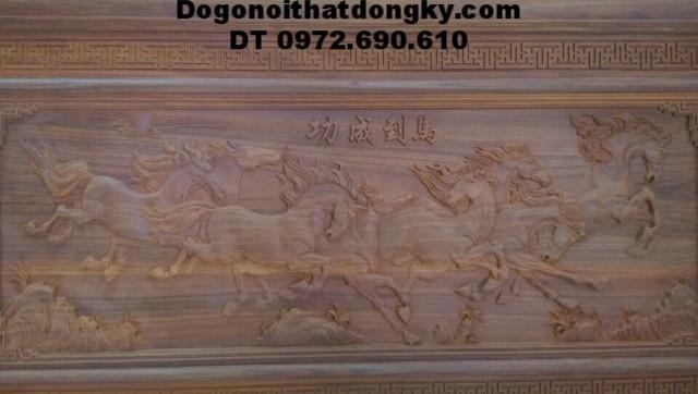 Tranh gỗ điêu khắc bát mã truy phong T20