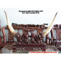 Đồ gỗ mỹ nghệ ,Giá cắm ngà sừng Tê Giác GN7