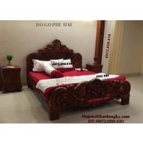 Giường cô dâu kiểu hoa hồng, Giường cưới đẹp GN49